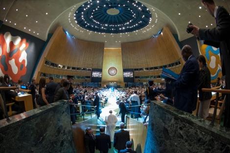 «Willkommen zur Kanzel der Welt»: Papst Franziskus bei der UN-Generalversammlung (Photo ©UN Photo)